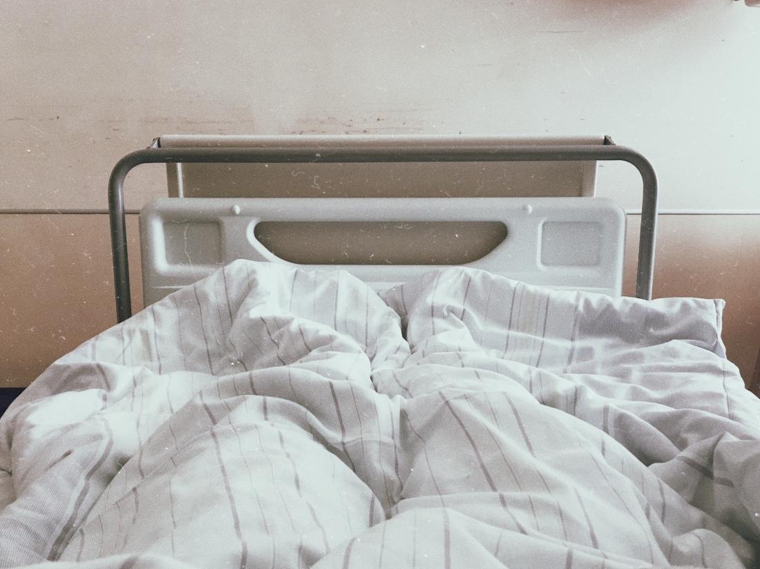 Rettungsanker: Humor hilft heilen. Sorge um die Seele. Aufgaben eines  Pfarrers am Krankenbett - PDF Kostenfreier Download